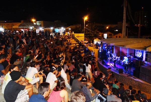 1ª Etapa do Circuito Heineken Currais Rock 2015 lotou a Praça Tetê Salustino
