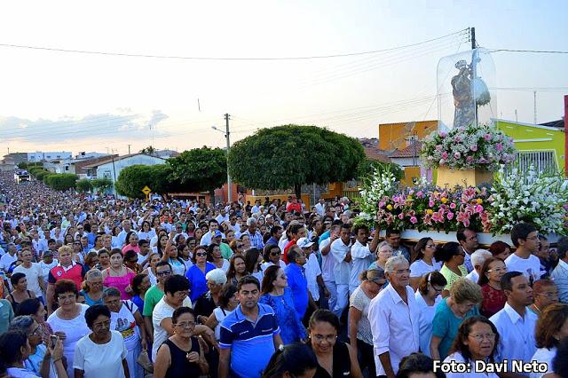 Procissão encerra Festa de Nossa Senhora da Guia 2015 em Acari