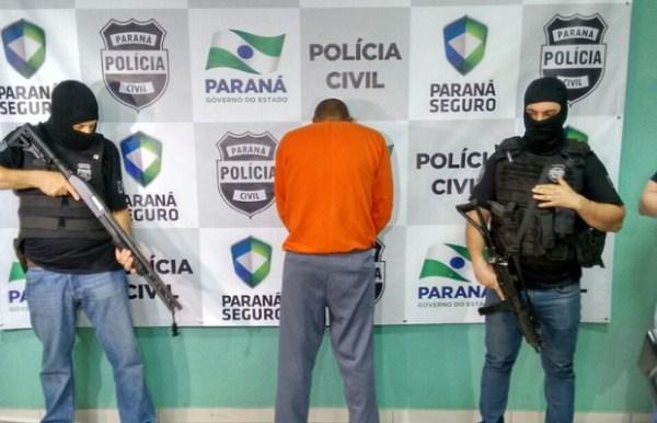 Suspeito foi apresentado na Delegacia de Maringá (Foto: Junior Evangelista/RPC)