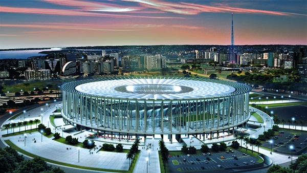 Em Brasília, estádio Mané Garrincha recebe pelada e tem déficit de R$ 11,7 milhões