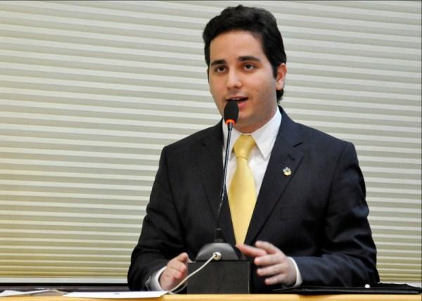Setembro Dourado: Assembleia promove discussão sobre câncer infanto-juvenil