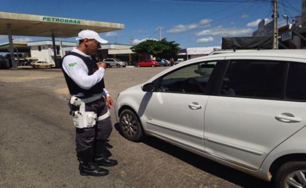 Secretaria de Segurança afirma que roubo de veículos diminuíram 16%