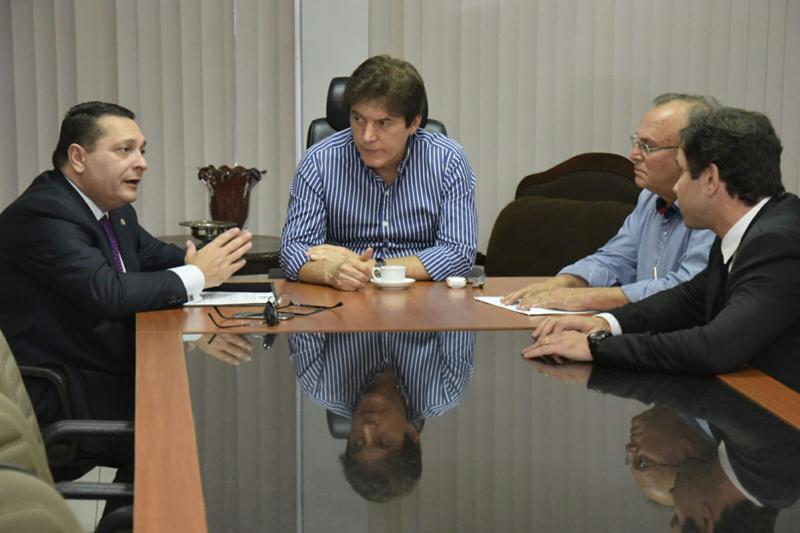 Deputado Ezequiel defende ações emergenciais diante do colapso de falta de água no Seridó