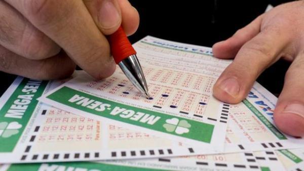 Mega-Sena, concurso 1.738: aposta do PR acerta e leva R$ 38 milhões