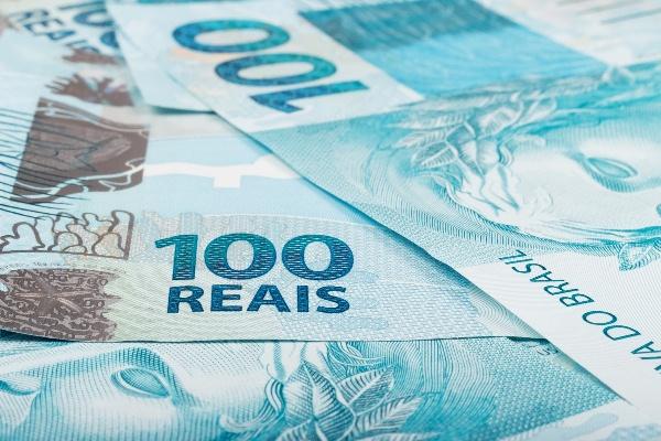 Inflação oficial acumula taxa de 9,53% em 12 meses; para famílias com renda mais baixa, situação é pior