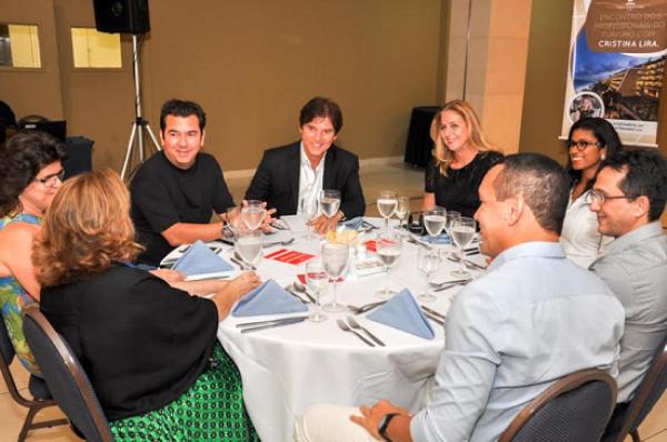 Governador ressalta luta pelo hub da TAM durante Encontro dos Profissionais do Turismo