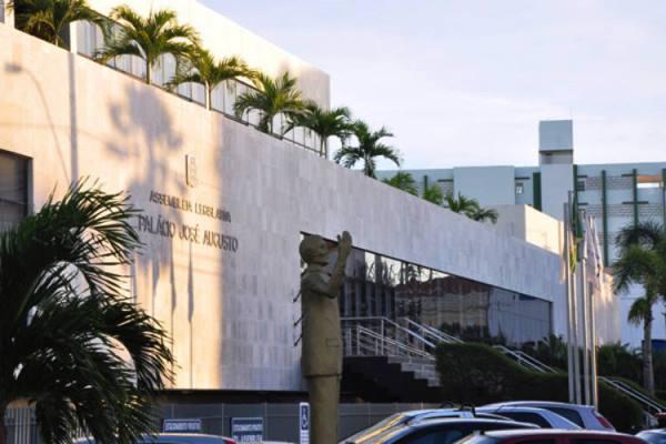 Cortes e Ajustes na Assembleia já chegam à R$ 10 milhões com previsão de R$ 28 milhões até fim de 2015