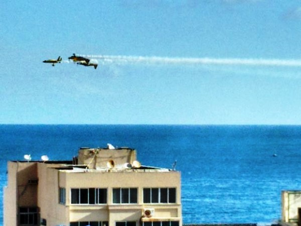 Morre piloto de avião que caiu no mar em Salvador, diz assessoria da FAB