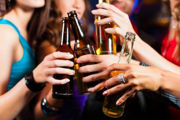 Consumo de álcool no Brasil é 40% maior do que a média mundial