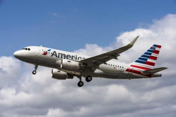 Piloto da American morre em pleno voo nos EUA