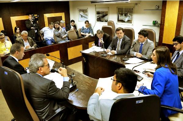 CCJ aprova matéria do pacote fiscal do Governo do Estado e marca reunião para esta quarta-feira