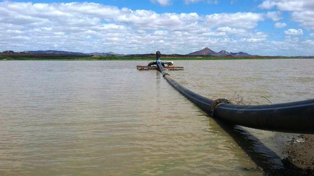 Abastecimento de água para C. Novos através da Adutora Serra de Santana e carretas-pipa volta amanhã (25)