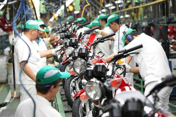Produção e venda de motocicletas caem em outubro no país