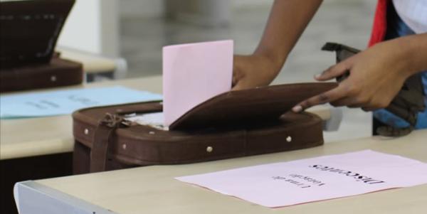 Portaria da Justiça diz que, por falta de dinheiro, eleição de 2016 será manual