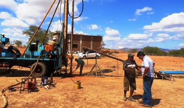 Contra a seca, Dnocs se compromete com a perfuração de poços em município do Seridó