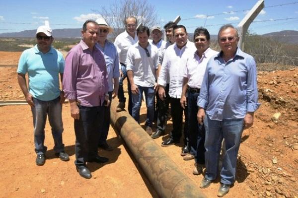 Vivaldo Costa visita obras de beneficiamento hídrico em Currais Novos