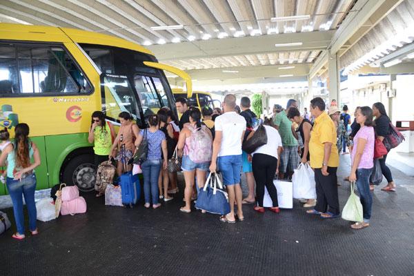 No Terminal Rodoviário da Cidade da Esperança as empresas colocaram 180 horários extras para o interior e os estados vizinhos.