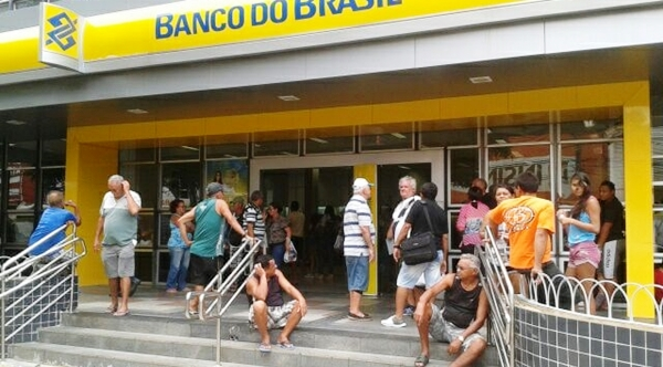 Falha em arquivo atrasa pagamento de inativos e pensionistas do RN, alega governo do estado
