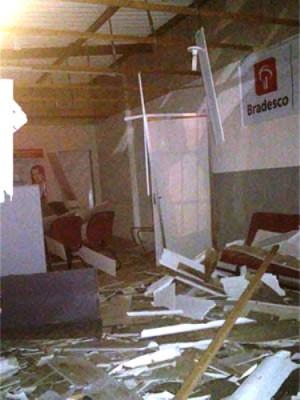Criminosos explodem caixa de banco na região Agreste potiguar