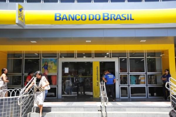 Bancos fecham dia 31 de dezembro e reabrem dia 4 de janeiro