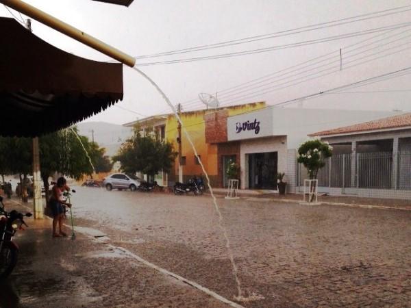 A chuva começa a visitar o Seridó; Parelhas registrou 20 mm