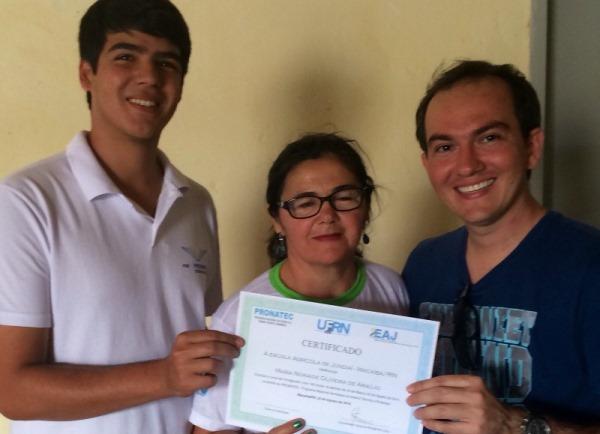 ACESSUAS Currais Novos entrega certificados de alunos concluintes de cursos de capacitação