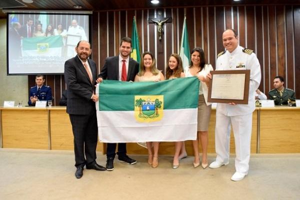 Assembleia concede título de cidadão ao comandante da Base Naval de Natal