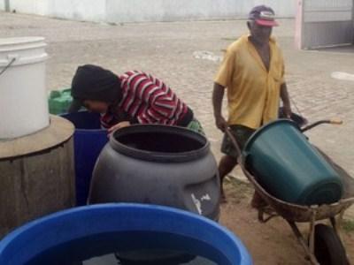 17 cidades do RN estão em colapso no abastecimento de água (Foto: Anderson Barbosa/G1)