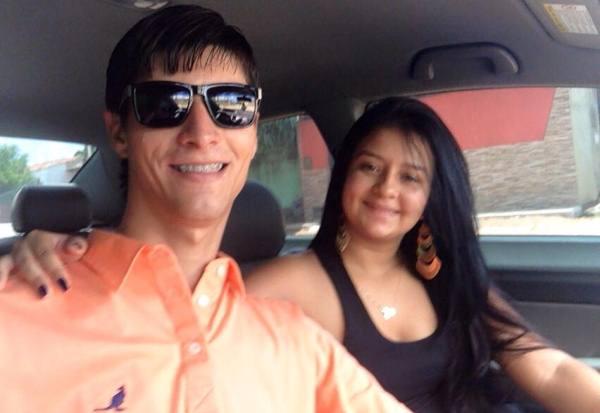 O jovem casal, Pedro Thiago e Alyce Cavalcante, estavam no Honda Civic e morreram na hora.