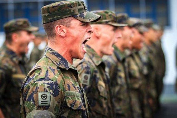 FORÇAS ARMADAS: Militares ganham aumento e salários vão chegar a até R$ 31.636