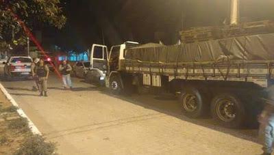 Polícia da Paraíba recupera caminhão tomado de assalto no Seridó