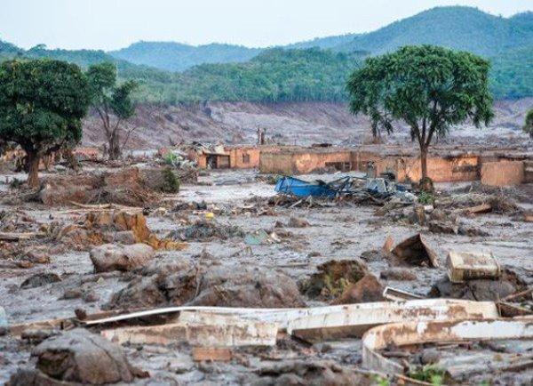 Desastre em Mariana é o maior acidente mundial com barragens em 100 anos