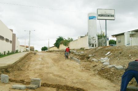 CURRAIS NOVOS: Prefeitura recebe recursos para pavimentação de ruas no bairro JK