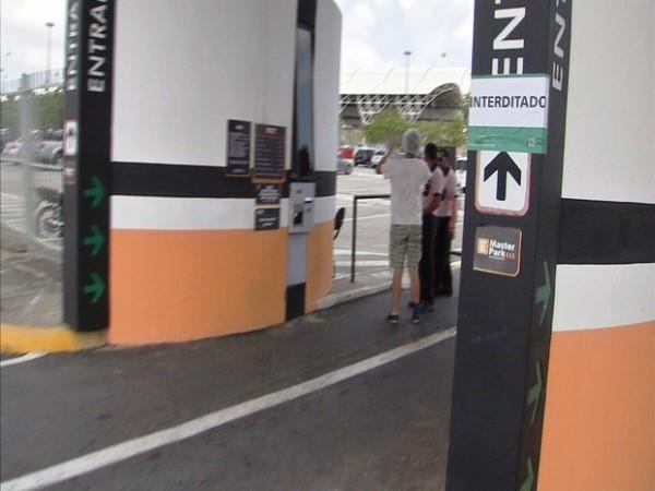 Sem alvará, estacionamento do aeroporto de Fortaleza é fechado