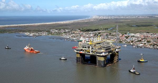 O QUE TÁ RUIM, PODE PIORAR: Maior fundo soberano do mundo coloca a Petrobras 'sob observação'