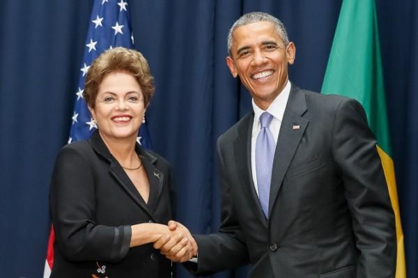 Telefonema entre Dilma Rousseff e Barack Obama aconteceu neste sábado (Foto: Roberto Stuckert Filho/PR)