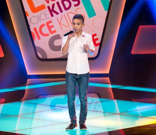 Elizaldo Alves se apresenta neste domingo (14) em segunda fase do The Voice Kids