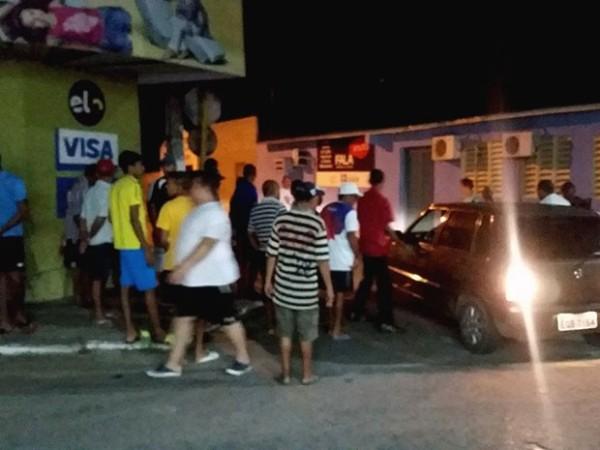 Crime aconteceu na noite deste domingo (21) em São Gonçalo do Amarante (Foto: Wendell Jefferson)