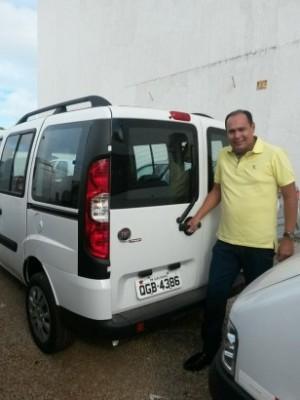 Carro adquirido pela prefeitura de Ouro Branco tem placas clonadas em moto de Currais Novos