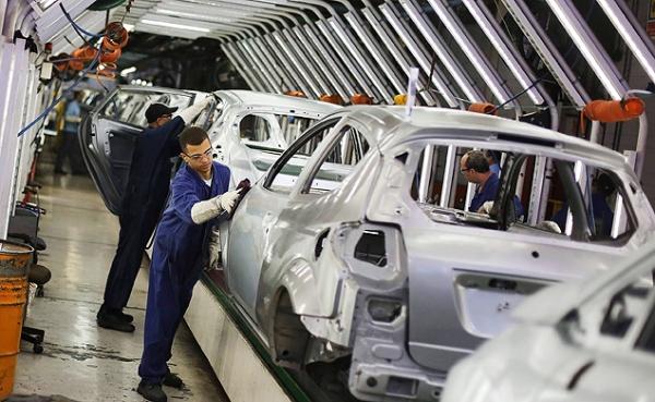Produção de veículos cai 29,3% em janeiro e Anfavea reclama de impostos