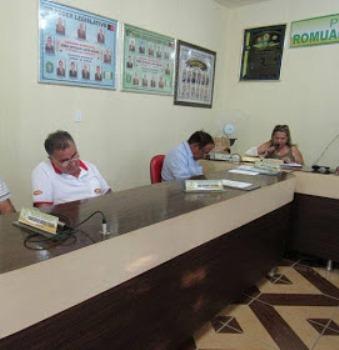 DE LASCAR! Vereadores dormem durante sessão em Câmara Municipal de cidade paraibana