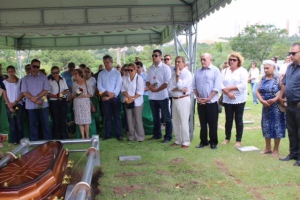 Despedida ao ex-prefeito Geraldo Gomes reúne familiares, amigos e classe política do RN