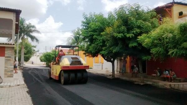 Reiniciadas as obras de pavimentação asfáltica em Florânia