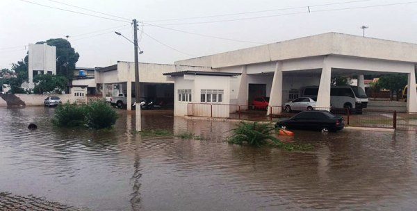Chuva banha Currais Novos e várias cidades do Seridó nesta terça-feira (23)