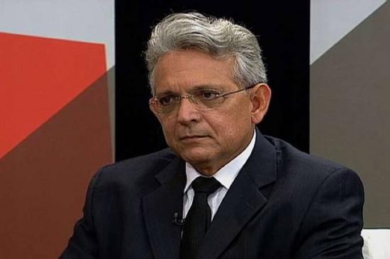 O líder do DEM, deputado Pauderney Avelino (AM).