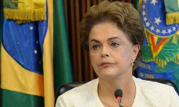 Dilma se diz inconformada com caso de Lula e indignada com o de Delcidio