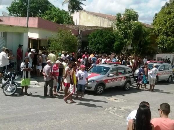 Funcionário da receita estadual é morto a tiros e esposa é baleada dentro de casa na PB