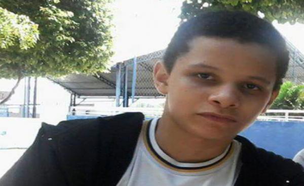 Corpo de adolescente desaparecido é encontrado nas falésias de Cotovelo