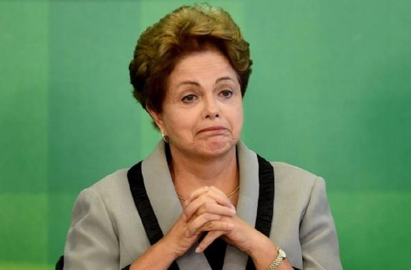 OAB protocola novo pedido de impeachment de Dilma na Câmara