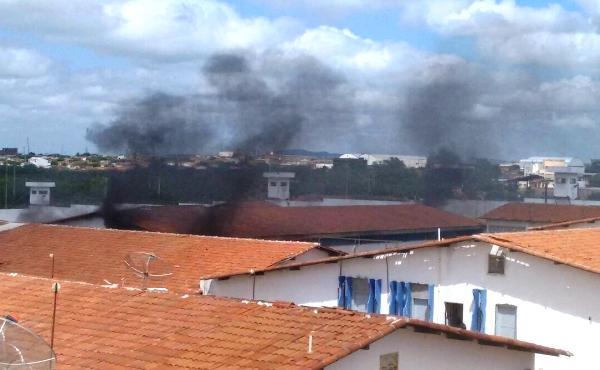 Fogo no presídio de Caicó na manhã desta quinta-feira.